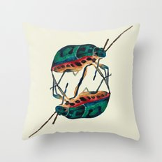 insects:love 01 Throw Pillow