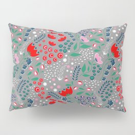 Earth Laughs in Flowers Pillow Sham