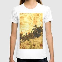 Wonderful flowers, yellow colors T-shirt