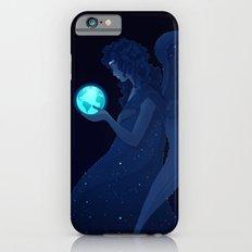 Holding Earth Between Hands iPhone 6s Slim Case
