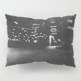 Love in Chicago Pillow Sham