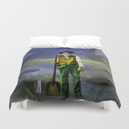 The gravedigger Duvet Cover
