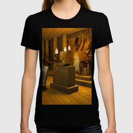 The creation of Queen Nefertiti's bust T-shirt