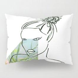 Parpadear (to blink) Pillow Sham