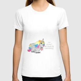 My heart belongs to unicorns T-shirt