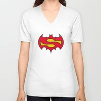 comic V-neck T-shirts featuring Superbatman comic by victimArte