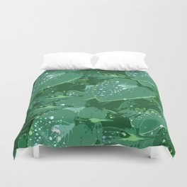 Green leaves with morning dew Duvet Cover
