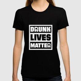 Drunk Lives Matter Shamrock Irish St. Patricks Day T-shirt