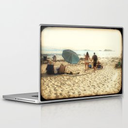Beach Couple Laptop & iPad Skin