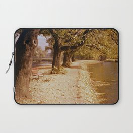 Herbstspaziergang in Opladen am Weiher 1959 (3 von 4) Laptop Sleeve