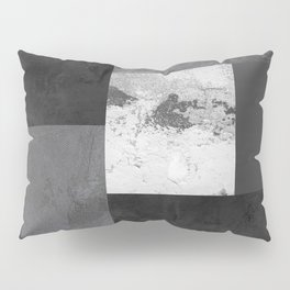 Light from the end of the tunnel Pillow Sham