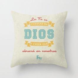 Confianza en Dios Throw Pillow