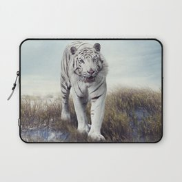 White Tiger Walking in the Grassland Laptop Sleeve