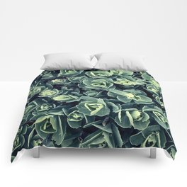 GREEN LEAVES PATTERN [plant nature photography] Comforters