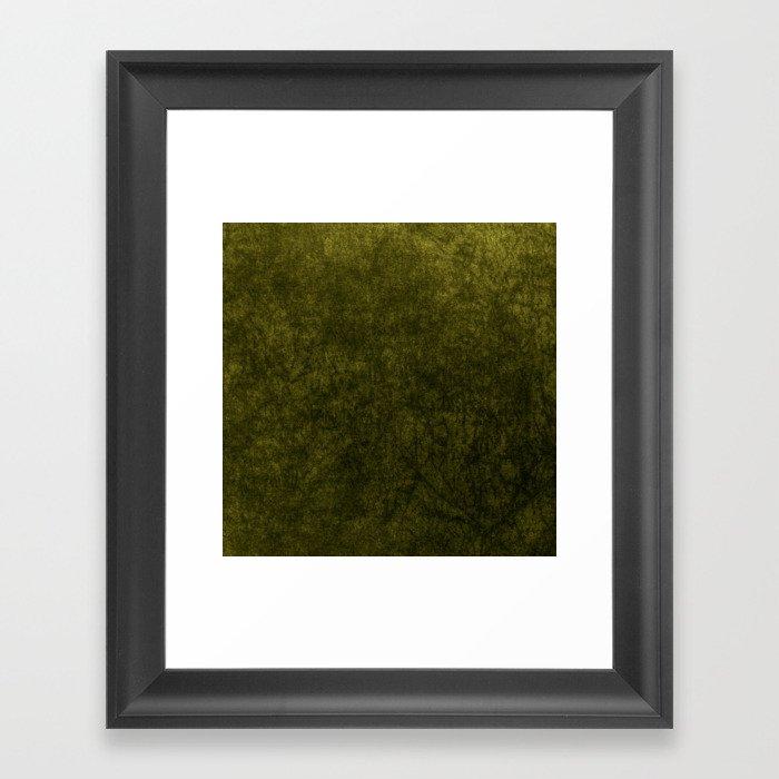 olive green velvet | texture Gerahmter Kunstdruck