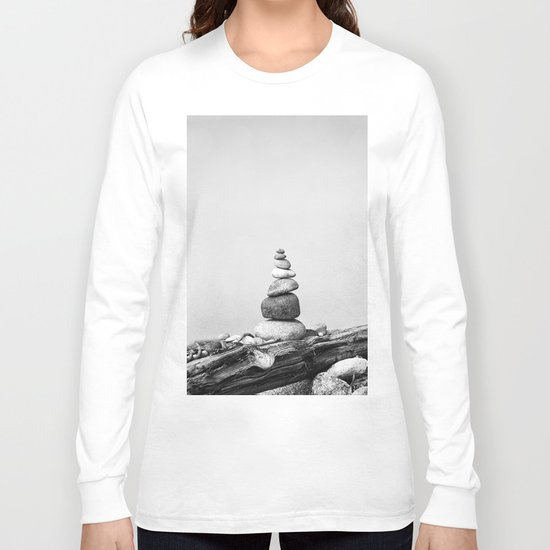 Balance of Nature peppel cairn black white Long Sleeve T-shirt