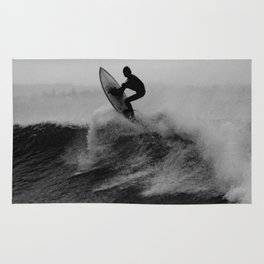 Surf black white Rug