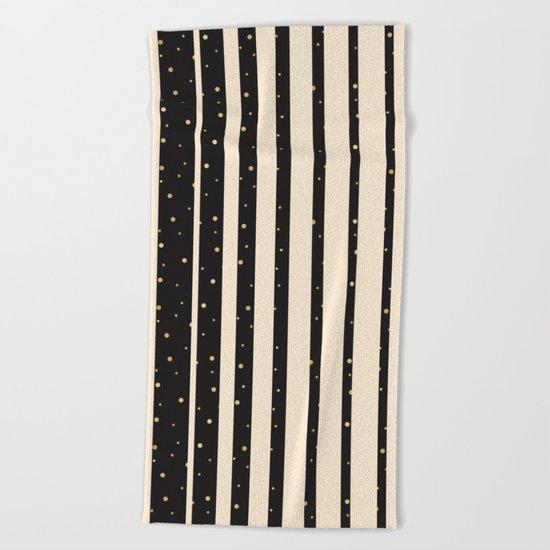 Let it golden snow Beach Towel