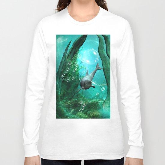 Swimming dolphin Long Sleeve T-shirt