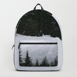 Mist between mountains Backpack