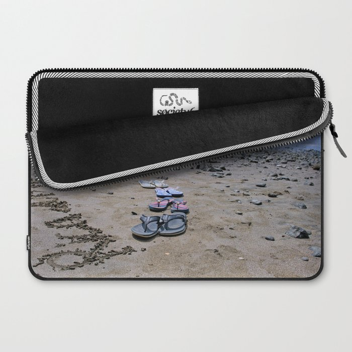 Return to Costa Rica Laptop Sleeve
