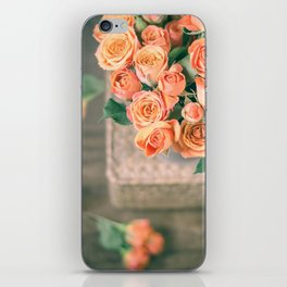 Rosas naranjas iPhone Skin