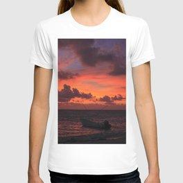 AMANECER AKUMAL T-shirt