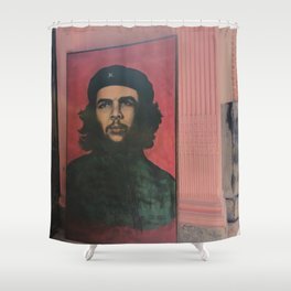 Che Guevara In A Havana Doorway Shower Curtain