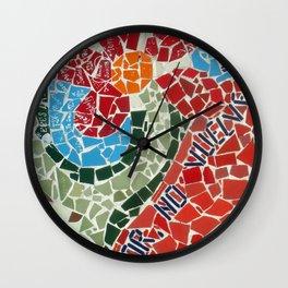 Muro de Amor Wall Clock
