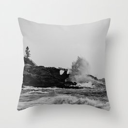 POWERFUL NATURE Throw Pillow