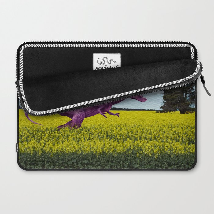 Pink in the fields Laptop Sleeve
