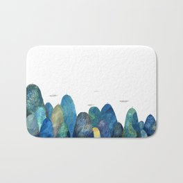 the moutains are comming Bath Mat