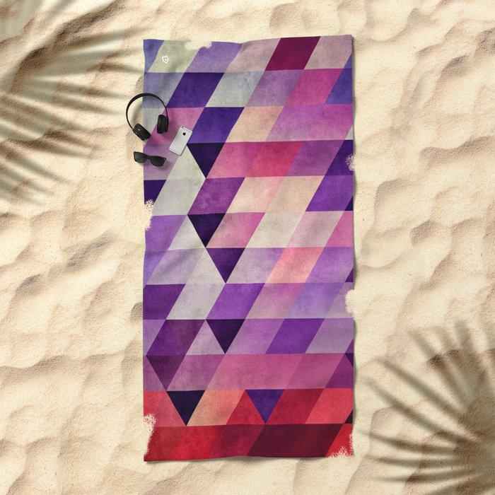 fynyl ynd Beach Towel