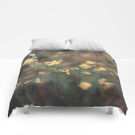 jaune Comforters