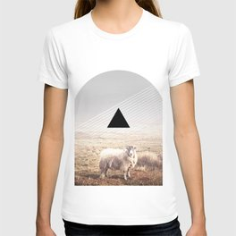 Sheep - triangle graphic T-shirt