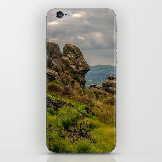 Seeing a face in the crowd iPhone & iPod Skin