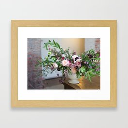 FLOWER DESIGN 10 Framed Art Print