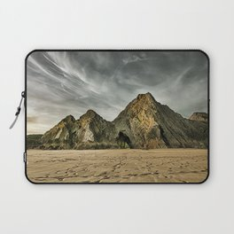 Jagged and dramatic Three Cliffs Bay Laptop Sleeve