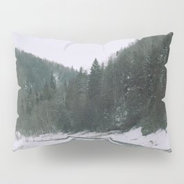 Follow the river Pillow Sham