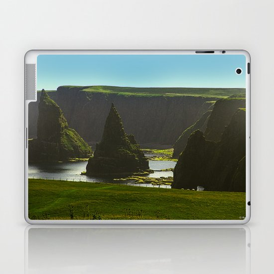 Sea Stacks at Duncansby Head Laptop & iPad Skin