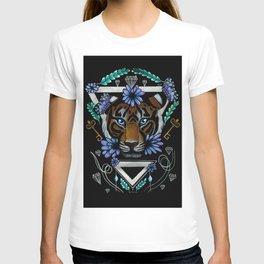Powerful Tiger  T-shirt