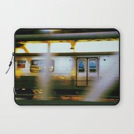 D Train on the Manhattan Bridge Laptop Sleeve