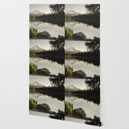 Trillium Mornings Wallpaper