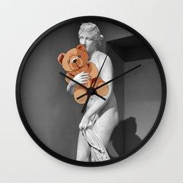 La venere con l'orsachiotto Wall Clock