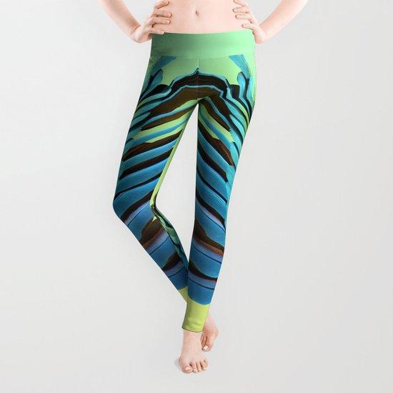 Macaw Wings Leggings