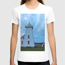 Wood Islands Lighthouse and green light T-shirt