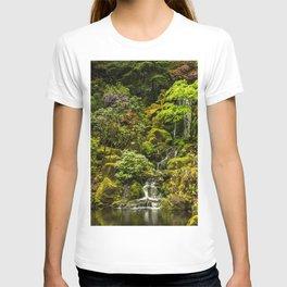 USA Portland Japanese Nature Waterfalls Gardens Bush Shrubs T-shirt