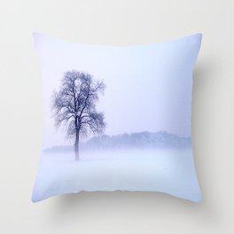 Winterzeit Throw Pillow