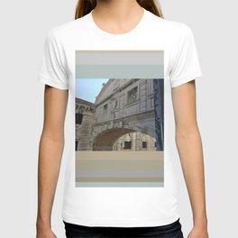 Bridge of Sighs, Doge's Palace, Venice, Italy T-shirt