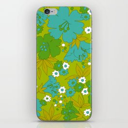 Green, Turquoise, and White Retro Flower Design Pattern iPhone Skin